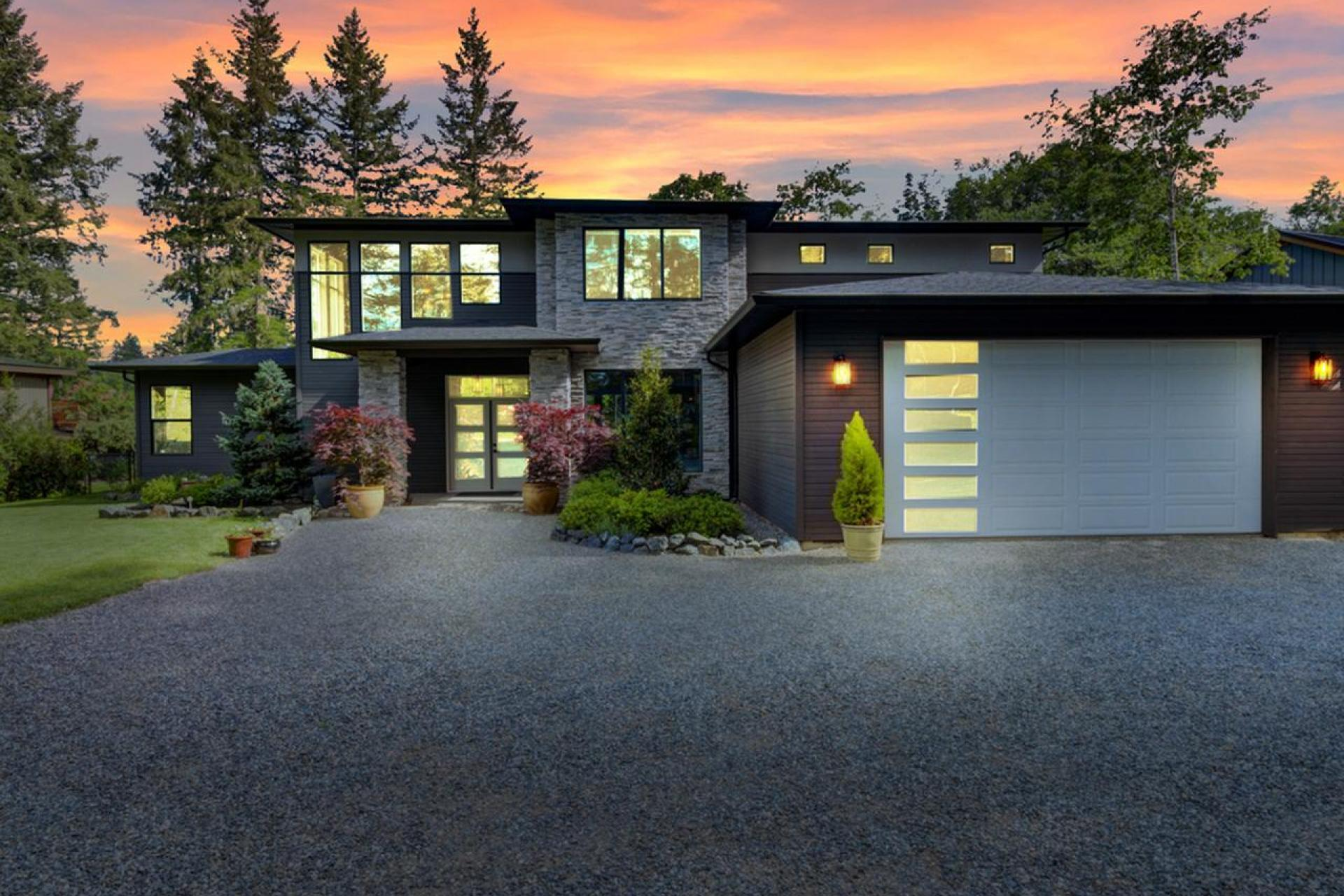 4887 Greaves Crescent, Courtenay West, Comox Valley