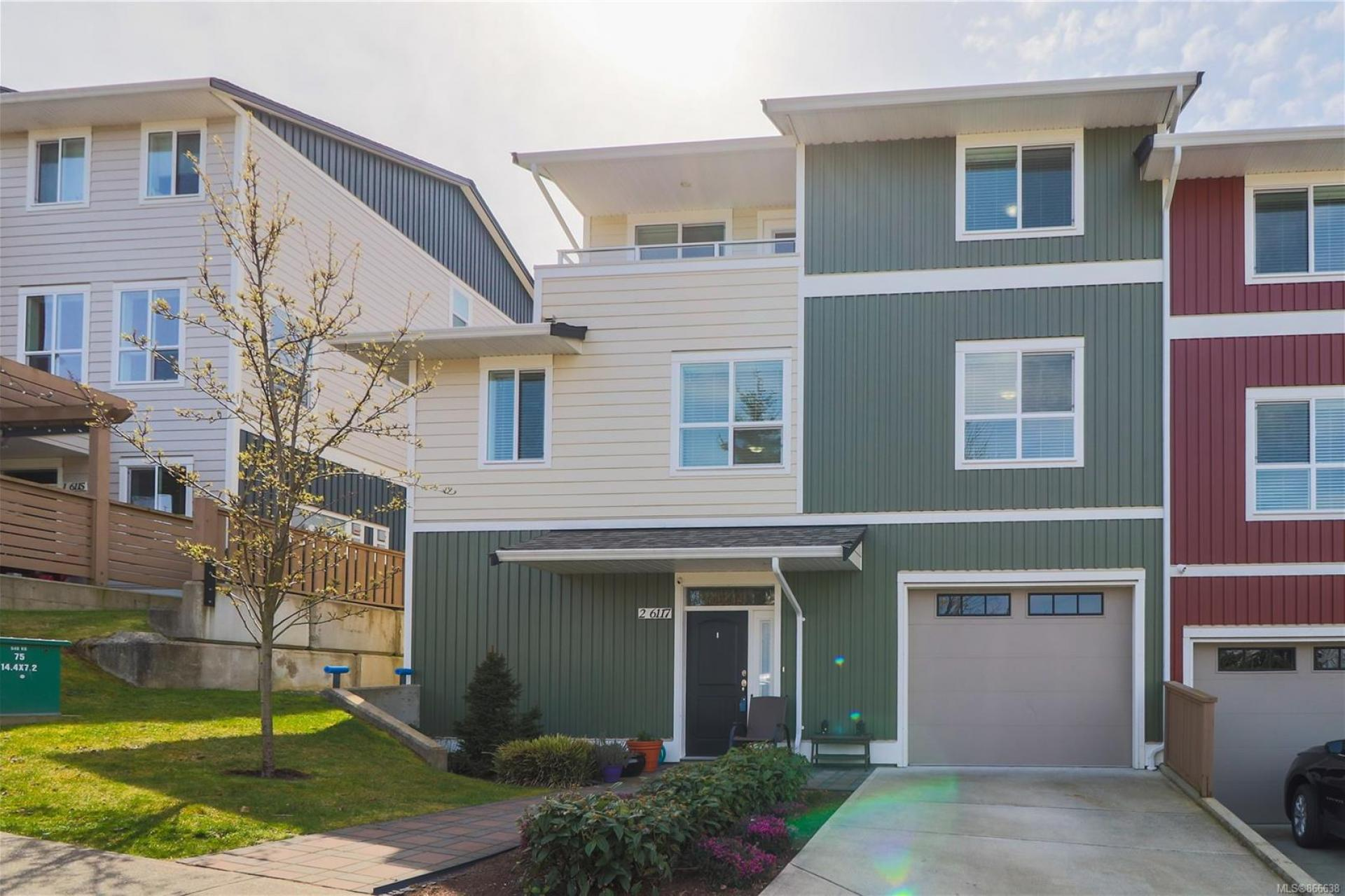 2 - 6117 Glacier Way, Nanaimo