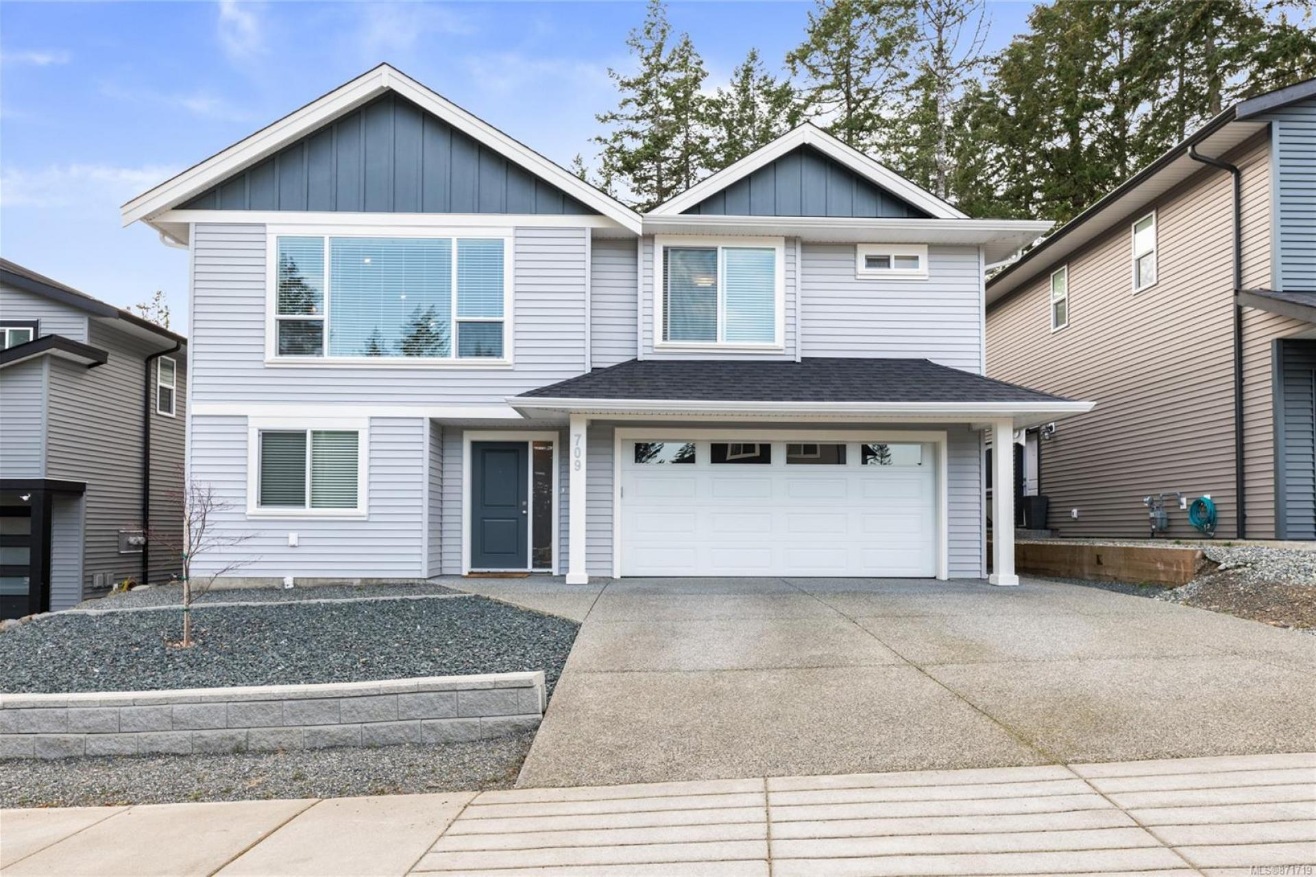 709 Southland Way, Nanaimo