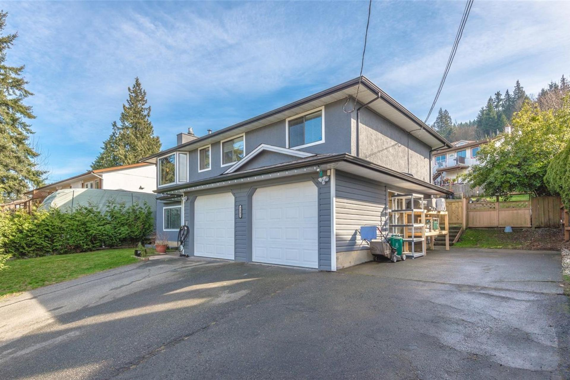 5241 Hammond Bay Road, Nanaimo