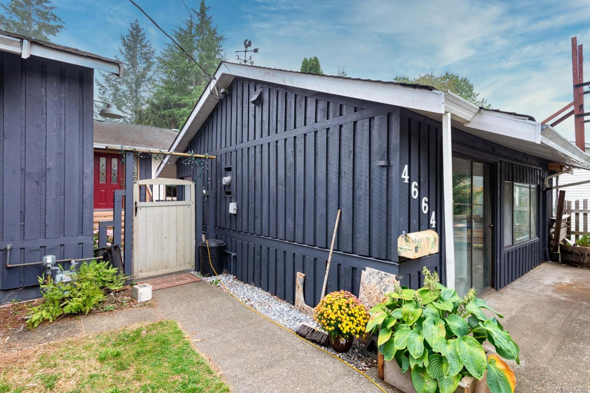 4664 Gail Crescent, Comox Valley