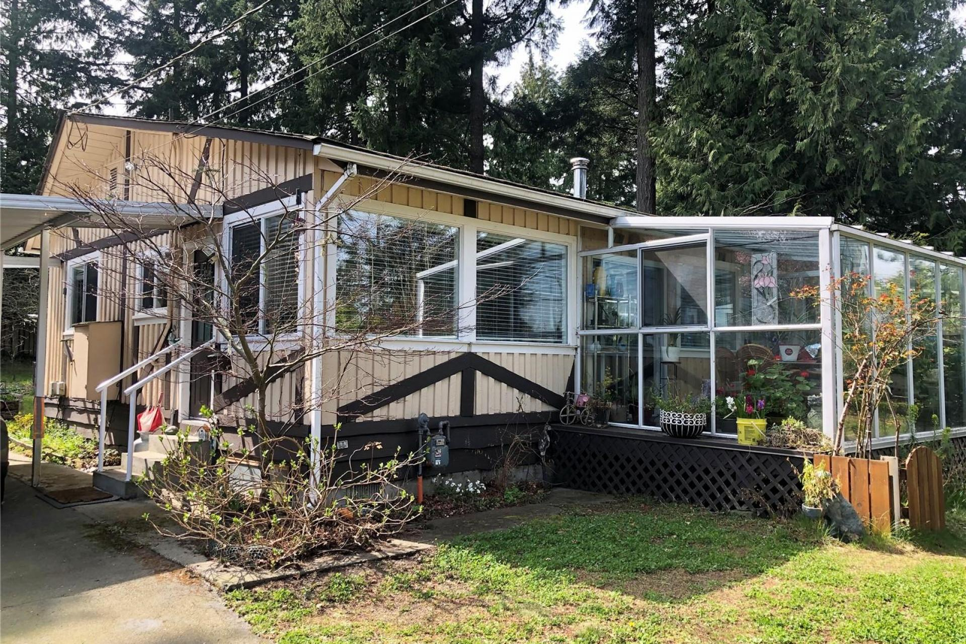 6041 Hammond Bay Road, Nanaimo