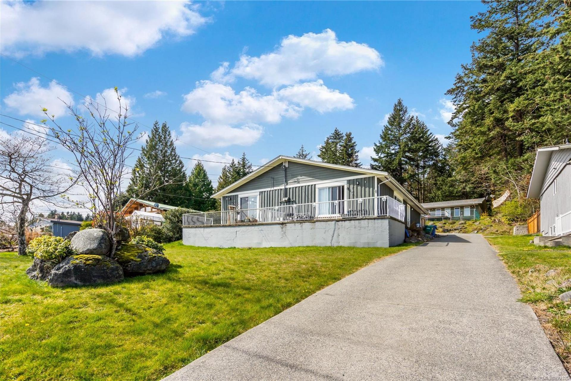 795 Dogwood Road, Nanaimo