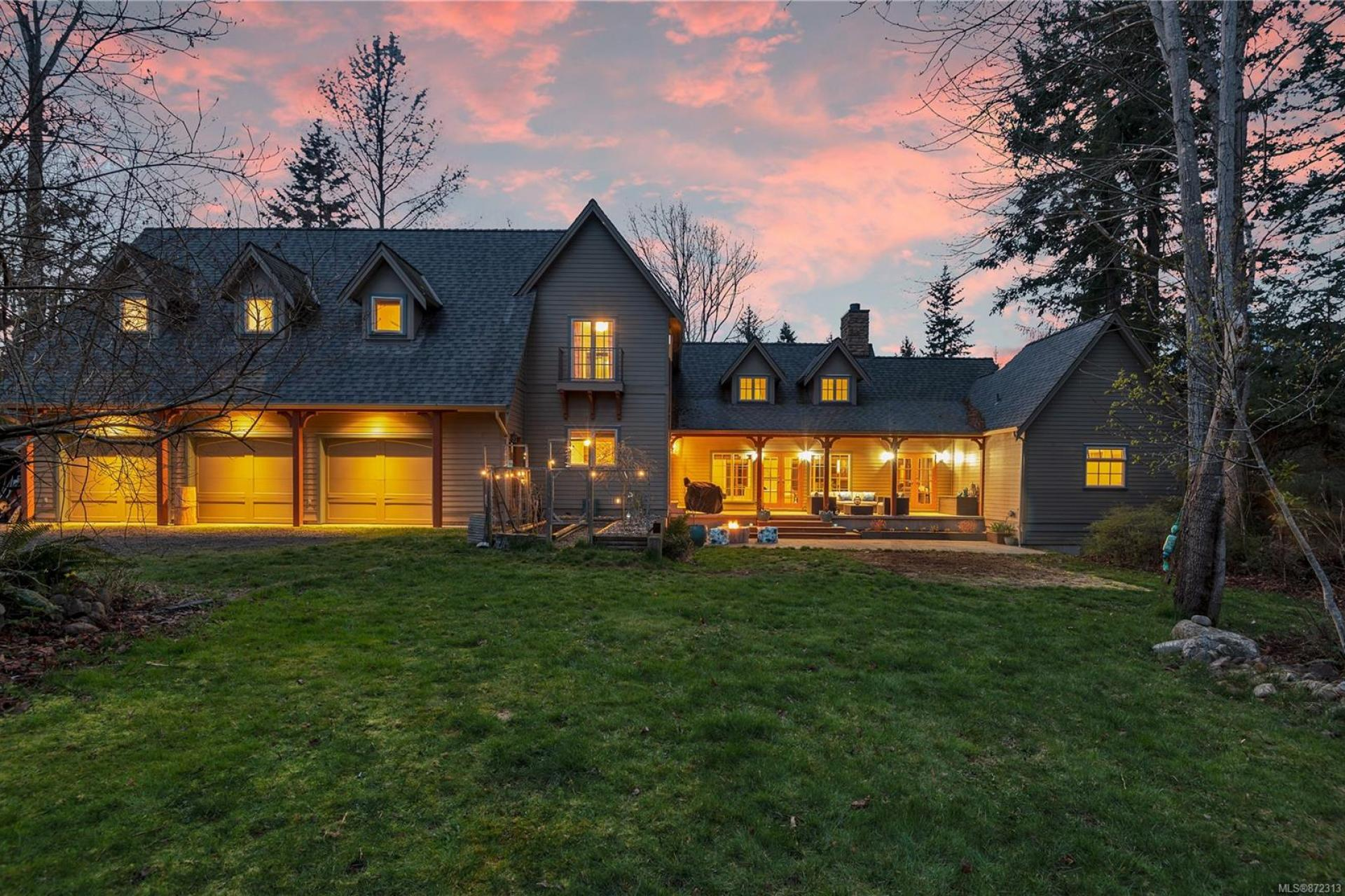 2511 Oakes Road, Merville Black Creek, Comox Valley