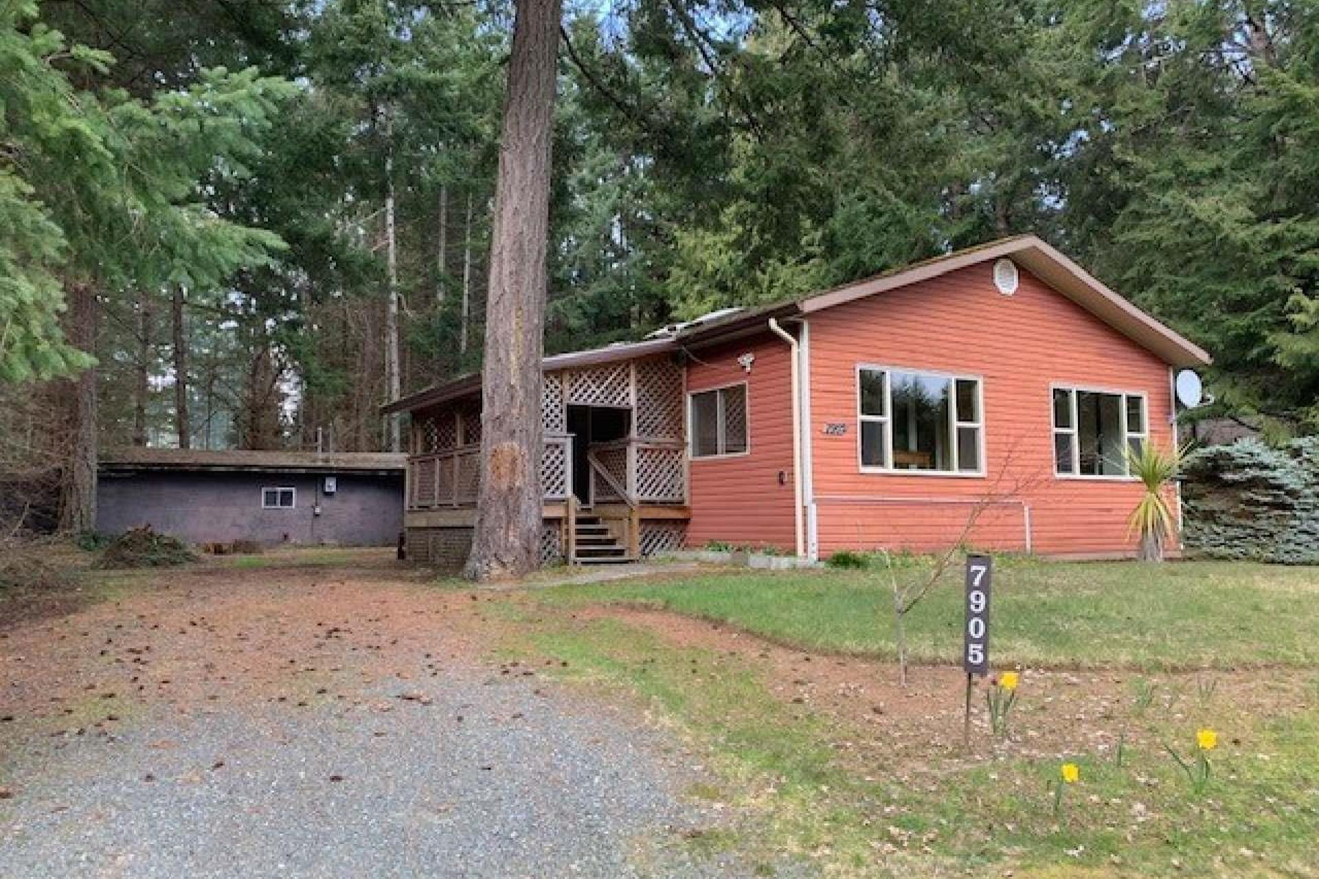 7905 Ships Point Road, Comox Valley