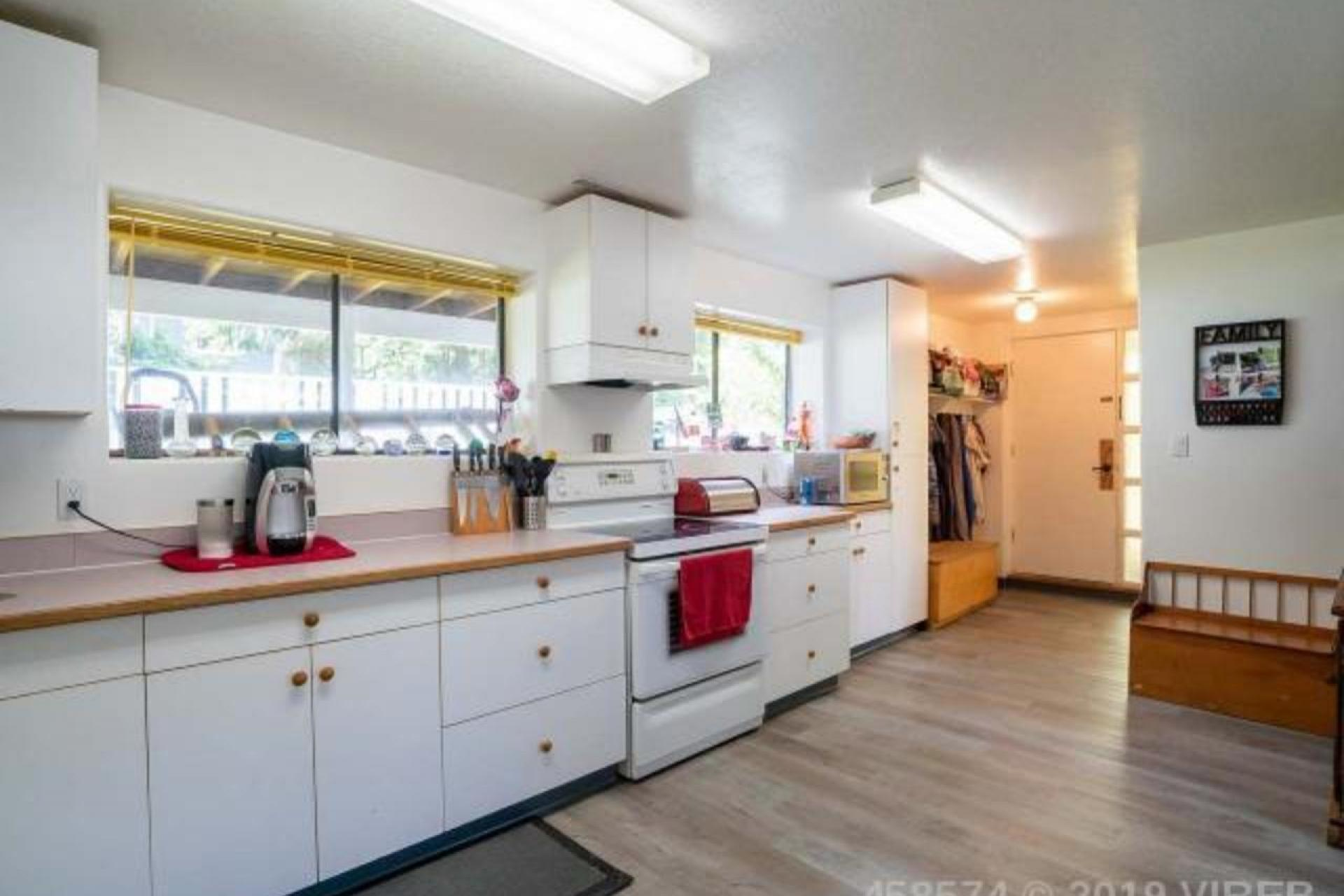 7100 Highland Drive, Port Hardy, North Island