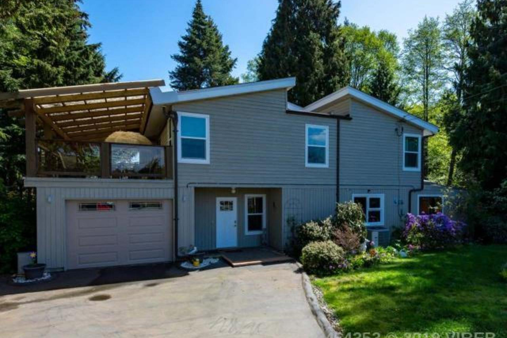 1046 Troy Place, Qualicum North, Oceanside
