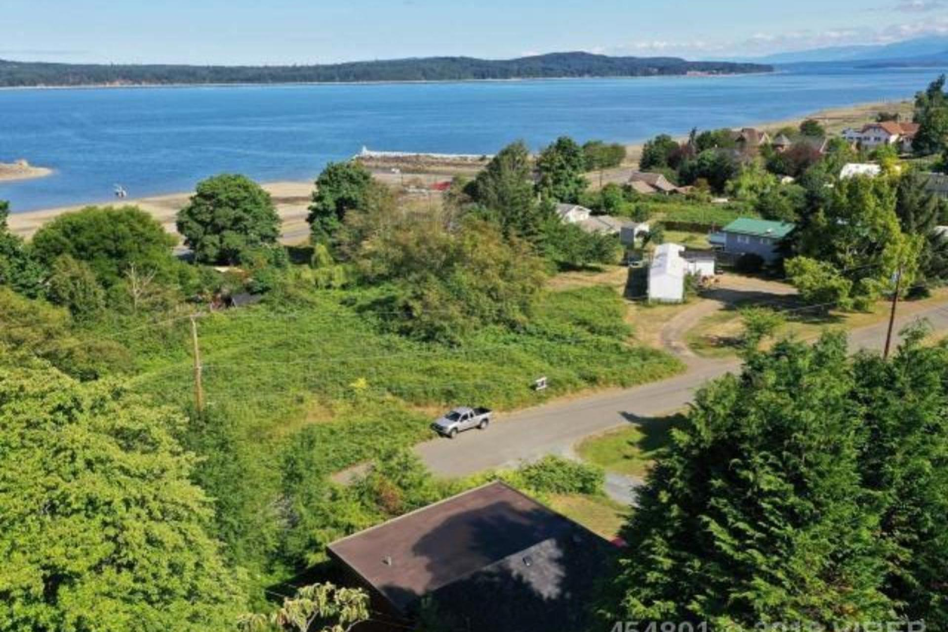 5487 Tappin Street, Union Bay Fanny Bay, Comox Valley