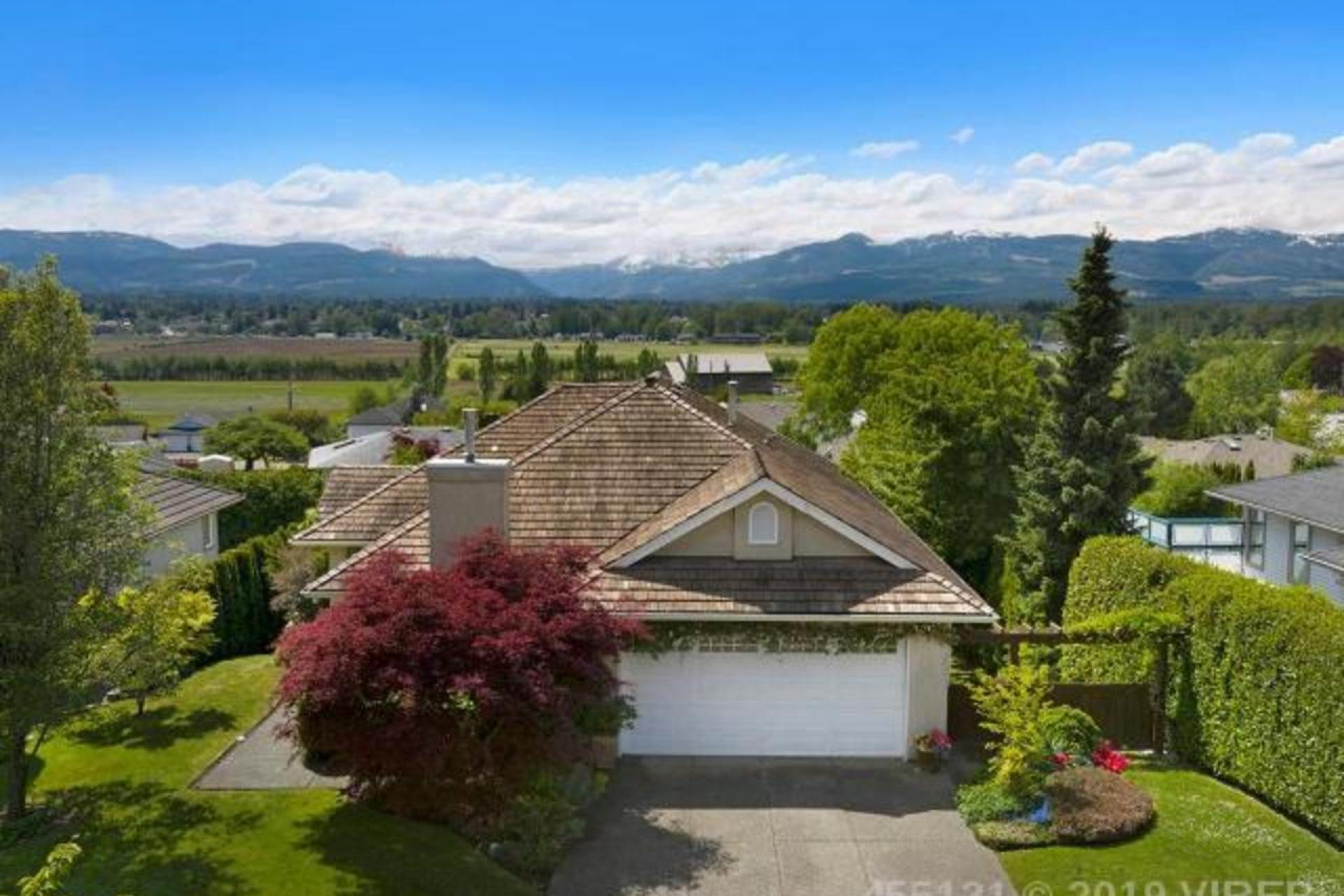 1229 Farquharson Drive, Courtenay East, Comox Valley