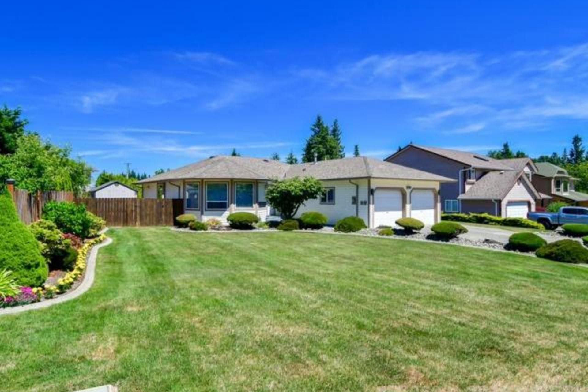 698 Nature Park Drive, Willow Point, Campbell River